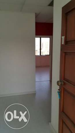 Office for Rent in Queen's Plaza, Jdeideh-Bauchrieh