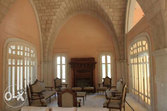 Palace For Sale in Jeita عجلتون -  2