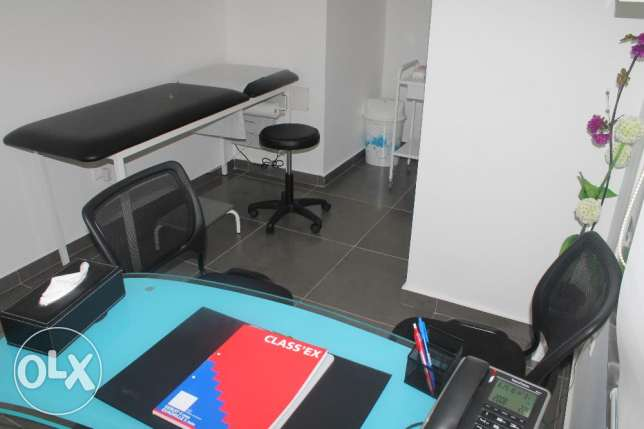 clinic for rent for doctors المتن -  4