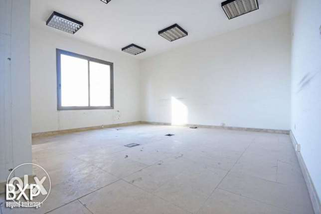 1600 SQM Building for Rent in Beirut, Summerland B5372 راس  بيروت -  3