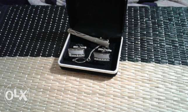 neck tie clip and suit pins