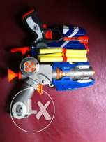 One nerf FireStrikepistolet +6 recharge for 12$