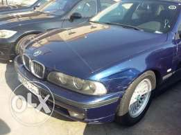 BMW 528i. 1996..full option, leather seat,