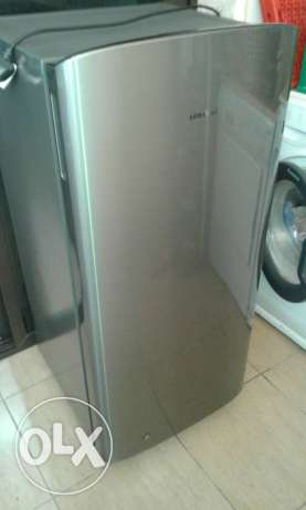 Refrigerator and freezer