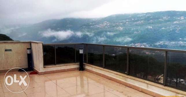 ZN376, Flat in Lebanon for sale, Baabdat area, 250 sqm+50 sqm terrace.