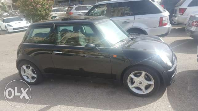 Mini Cooper 2004 full options very clean تقسيط عبر البنك