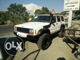 Jeep Cherokee limited offroad 4x4