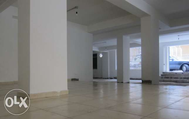 Shop for RENT - Ras Beirut 180 SQM