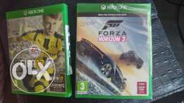 Xbox One great condition with Fifa 17 Arabic and Forza Hotizon 3
