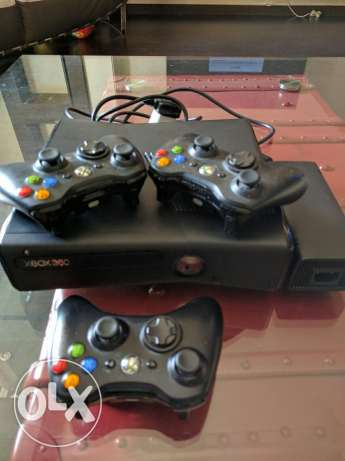 XBOX 360 version 3.0 with 3 joysticks المرفأ -  2