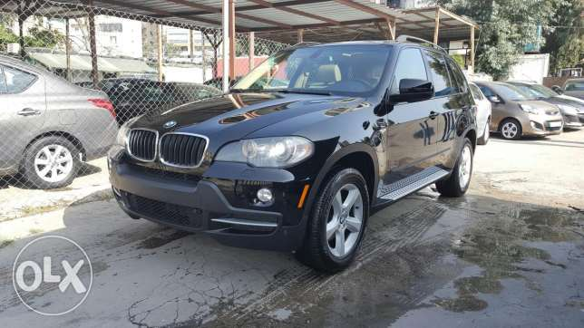 X5 3.0si 2007 7 seats excellent condition