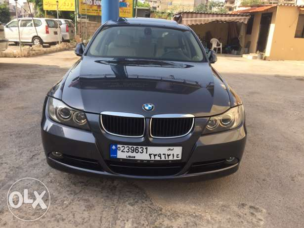 Bmw 320i model 2006 very clean car