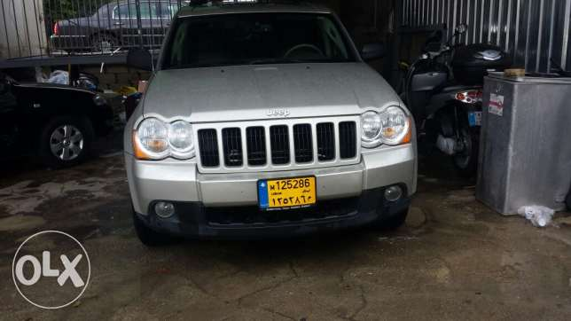 Grand cherokee laredo full option انطلياس -  6