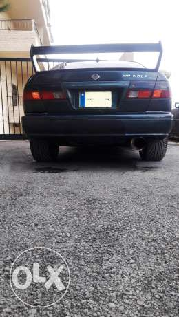 4 sale nissan sunny or tade بعبدا -  4