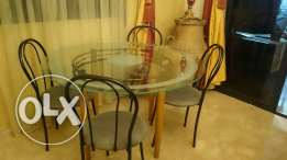 Table 120cm and 4 chairs