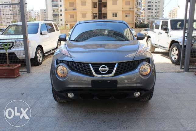 Nissan Juke 4wd model2012 gray navigation rear camera new tires