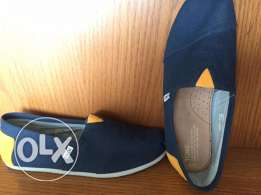 Toms, Men10, EU43, UK9 for Sale, new never used, Navy, 65$