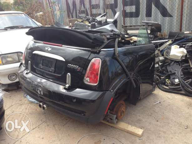 mini cooper S for parts only cut 1/2 usa المتن -  1