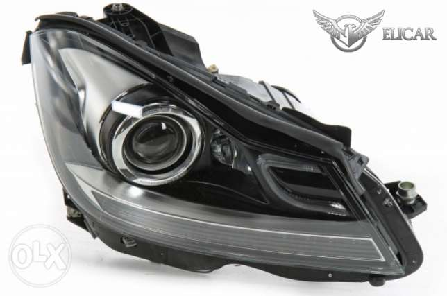 Mercedes Headlight Right C 63 AMG for C-W204 ,Facelift, Bi-Xenon, ILS