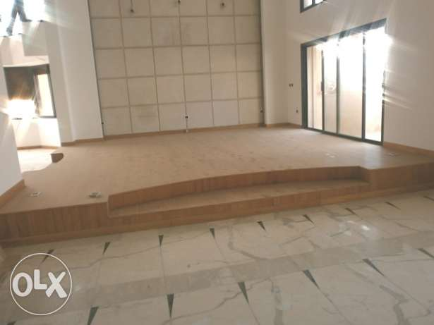 MG737,Luxurious Duplex for rent in Ramlet El bayda, 472 sqm.