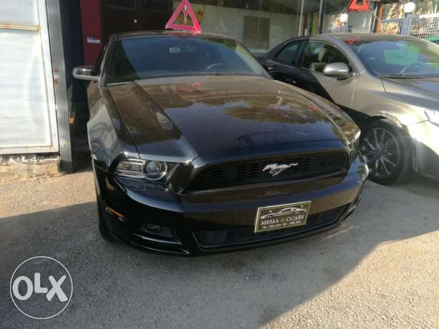 Mustang 2014 premium package black