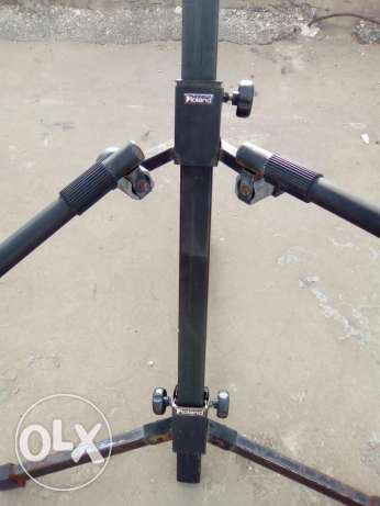 ROLAND double keyboard stand + regular X shaped keyboard stand (used)