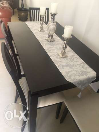 dining table + 6 chairs for sale