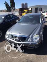 E350 model 2008 gray in black