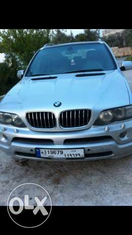 X5 4.4 8cylnder look 2005