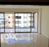Hamra: 270m apartment for rent