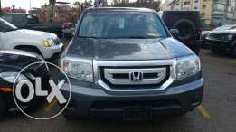 Honda Pilot 2011, 4×4 , grey, clean carfax,excellent condition,no rust