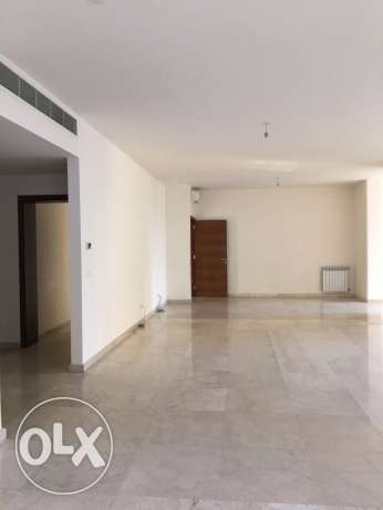 Clemanceu: 330m apartment for rent