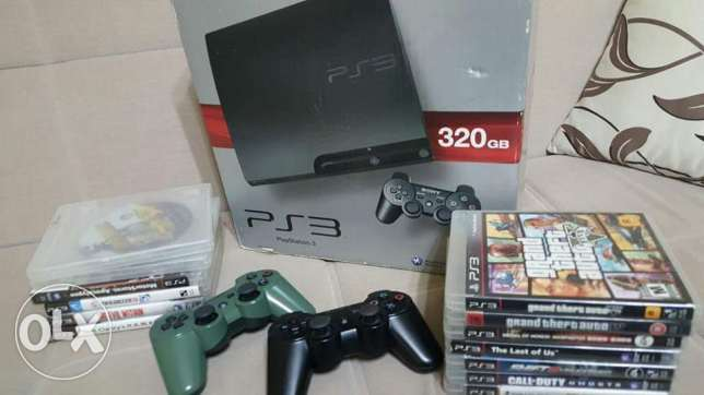 ps3 slim . 12 game . 3 masket . all cable