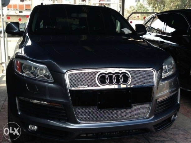 Audi Q7 (2008) SLine 4.2, Premium Kit, Fully Loaded, key-less start