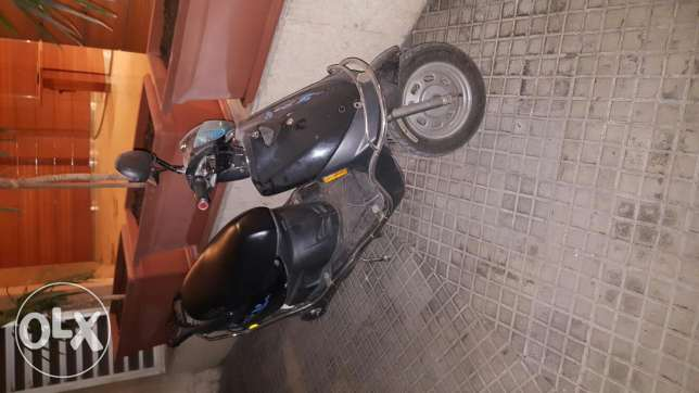 For sale batery scooter برج حمود -  2