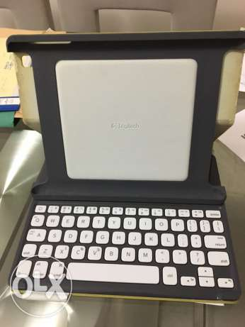 iPad Bluetooth cover and keyboard