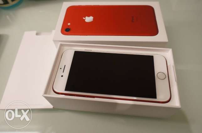buy 2 Apple iPhone 7PLUS get 1 for free