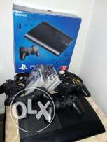 Excellent conditiins PS3 with 4 controllers and 5 games