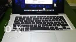 Macbook pro 13 clean i5 trades accepted