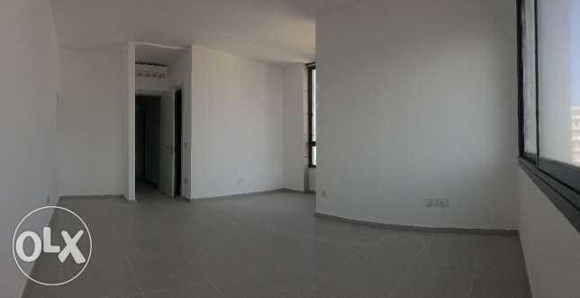 For sale Luxurious apart in koraytem with mountain and 360 sea view راس  بيروت -  6