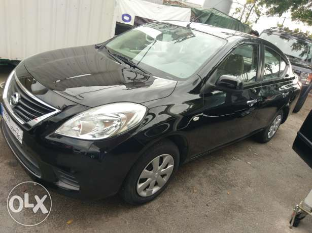 Nissan sunny 2013 fully loaded abs airbags chrome power windows