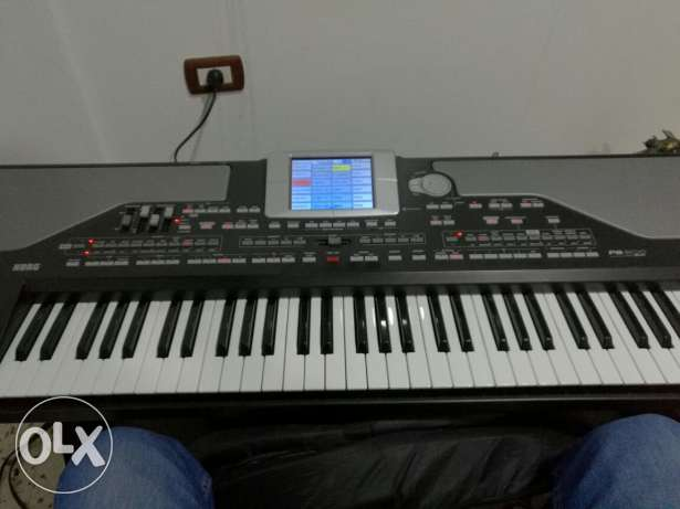 Korg pa800 pro very clean