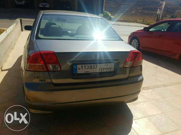 Honda civic 2004 كفر ملكي -  6