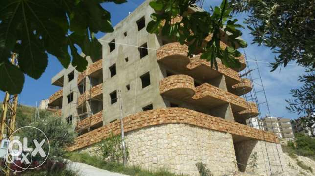 Apartments under construction in Jbeil Hboub 120m