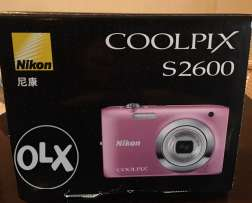 Nikon COOLPIX S2600 + All Accessories