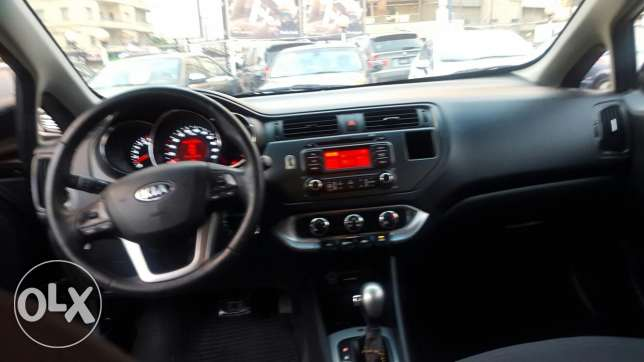 Kia rio hatshback f.o mod 2013 black 2 airbag +ABS jnouta 17 like new جديدة -  6