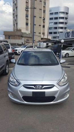 Hyundai Accent f.o like new 2013