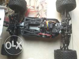 Truggy rc car serpent