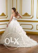 Brand new wedding dress ruffled