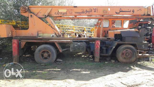 Mobile crane 20 tons grove